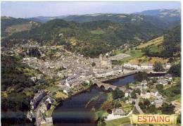 12  Estaing  Vue Aérienne  Village Et Son Château Dominant Le Pont Gothique  Circulé 1996  TBE - France
