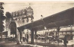 207..VICHY..PASSAGE COUVERT ET HOTEL ASTORIA...+ SUP VEHICULES !!!!! 1945... - Vichy