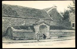 78 GARGENVILLE / Fontaine à Hanneucourt / - Gargenville