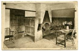 JORDANS HOSTEL : THE FIRESIDE ROOM - Buckinghamshire