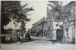 CPA-LL 3- DIVES Carte Postale Ancienne L Hostellerie Guillaume Le Conquerant Et La Rue D Hastings. Animée Non écrite - Dives
