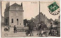 CPA 18 BOURGES - Passage A Niveau De St P........ - Bourges