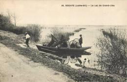BOUAYE LE LAC DE GRAND-LEU PECHEURS PECHE 44 - Bouaye