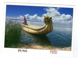 cp , PERU , PEROU , PUNO , linda urena en lago Titicaca , voyag�e