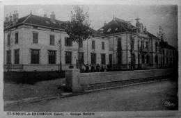 St Siméon De Bressieux : Groupe Scolaire - France