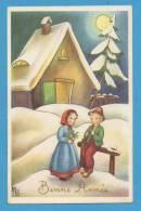 Bonne Année   2 Enfants  Jouant Du Pipo Devant Chaumière - Neujahr