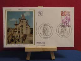 FDC - Hôtel Des Ducs De Ventadour  - 19 Ussel - 10.7.1976 Coté 2,20 € (2013 Y&T) - FDC