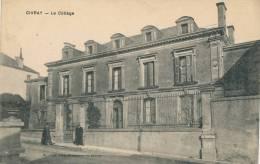 CIVRAY - Le Collège - Civray