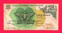 PAPUA NEW GUINEA 1975, Banknote, Used VG,  2 Kina, Dirty KM 1 - Papoea-Nieuw-Guinea