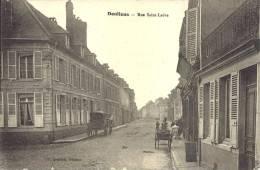 80 - DOULLENS - Somme - Rue Saint-Ladre - France