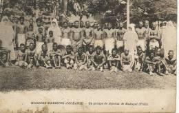 Fiji Makogai Un Groupe De  Lepreux Leper  Mission Mariste - Fidji