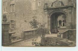 ECAUSSINES  -  Vieux Chateau D´Ecaussines-Lalaing, Entrée De La Cour D´honneur. - Ecaussinnes