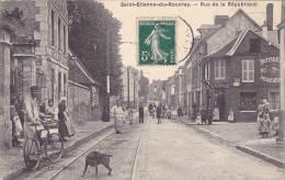 CPA  - 76 - SAINT ETIENNE DU ROUVRAY - Rue De La République - Saint Etienne Du Rouvray