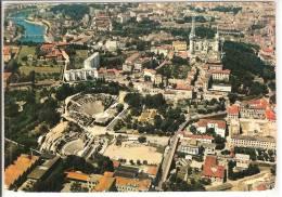 LYON - VUE AERIENNE AU 1ER PLAN LE THEATRE ROMAIN AU FOND FOURVIERE ET LA SAONE - Lyon