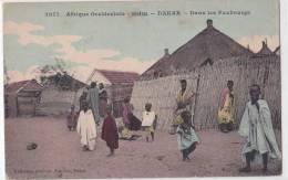 SENEGAL--DAKAR--dans Les Faubourgs--huttes--enfants---animé----colorisée - Senegal