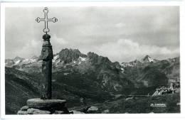 Col De La Croix De Fer, Au Fond, Le Glandon Et Les Aiguilles D`Argentiere - VD Vaud
