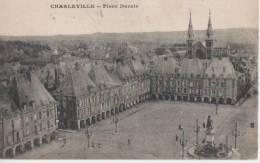 .CHARLEVILLE ( La Place Ducale ) - Charleville
