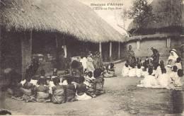Missions D'Afrique - L'école En Pays Noir - Missions