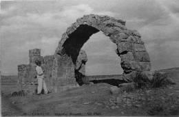 Lambese : Aqueduc Romain - Autres Villes