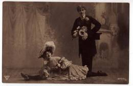 COUPLES A COUPLE BNK Nr. 32715/6 OLD POSTCARD 1913. - Couples