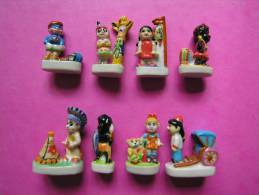 Série Complète De 8 Fèves En Porcelaine ♥ LES ENFANTS DU MONDE ♥ 2002 ( FEVE ) - Pays