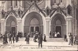 NICE EGLISE NOTRE DAME SORTIE DE MESSE Belle Animation  Dos Simple 1904 - Ohne Zuordnung