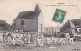 21469 CAMP DE COETQUIDAM , UNE CORVEE DE LAVAGE - Bailly Photo Chamarre - Soldat Troupe Chapelle - Guer Coetquidan