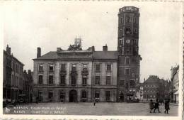 BELGIQUE - FLANDRE OCCIDENTALE - MEENEN - MENIN - Groote Markt En Belfort - Grand´Place Et Befroid. - Menen