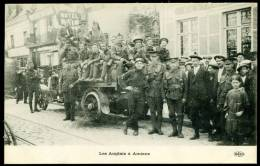 CPA. GUERRE 1914.  Les Anglais à AMIENS. - Amiens