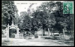 """CPA. Amiens. La Hotoie.       """" Le Pavillon Bleu.  .Automobile"""" - Amiens"""