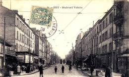92 Cpa ISSY LES MOULINEAUX  COMMERCES BOULEVARD VOLTAIRE - Issy Les Moulineaux