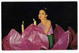 ASIA THAILAND FESTIVAL OF LOI-KA-THONG IN CHIANG MAI A GIRL SEATED IN A FLOATING LOTUS FLOWER OLD POSTCARD - Thailand