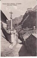 Valle D'Aosta -Verres- Il Castello Dalla Collegiata - Aosta