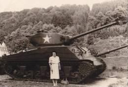 Panzer, Tank, Denkmal Bei Bastogne, Belgien, Foto Dez. 1944 - Ausrüstung