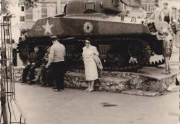 Panzer, Tank, Denkmal Ardennenschlacht, Bastogne, Belgien, Foto Dez. 1944 - Ausrüstung