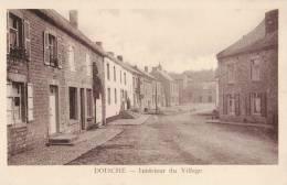 DOISCHE - Intérieur Du Village - Superbe Carte - Philippeville