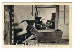 NIEUL ST GEORGES - 17 - LA  LAITERIE - 2 CARTE PHOTO  - MOULIN A CASEINE - LES CLAIES - France