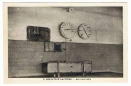 NIEUL ST GEORGES , SAINTES  - 17 - LA  LAITERIE - CARTE PHOTO  -  COLLECTION ENSEIGNEMENT VIVANT - LES RESERVOIRS - France