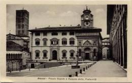 Arezzo: Piazza Grande E Palazzo Della Fraternità - Arezzo