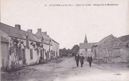 ¤¤  -  21   -   LE GAVRE   -  Dans La Forêt  -  Le Village De La Madeleine   -  ¤¤ - Le Gavre