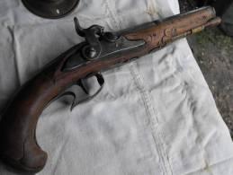 Pistolet Coup De Poing Silex Transformé Système Amorce, Beau Canon Octogonal; Bois Noyer D'époque - Zonder Classificatie