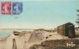 Charente Maritime - Port Des Barques -ref E676- La Plage   -carte Bon Etat   - - Altri Comuni