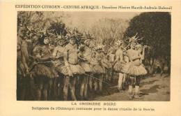 Réf : A -13- 029 : La Croisère Noire Expédition Citroen Centre Afrique  Oubangui Danse Rituelle - Centraal-Afrikaanse Republiek