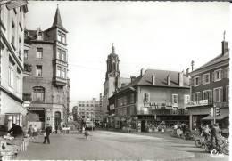 57 - Moselle - HAYANGE - Rue Foch  - Dentelée  - Format 10,5 X 14,8 - Hayange