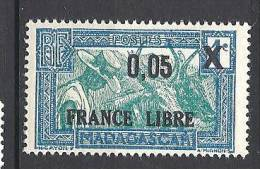 MADAGASCAR  FRANCE LIBRE N� 240 CADRE ET CENTRE BLEU CLAIR  NEUF** LUXE