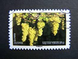 FRANCE OBLITERE 2012 N° 688  RAISINS BLANCS SERIE DU CARNET DES FRUITS POUR UNE LETTRE VERTE AUTOCOLLANT ADHESIF - France