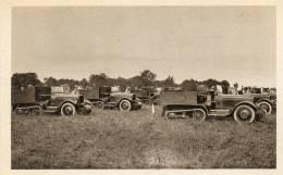 - CPA - 51 - Autos-Chenilles Attendant Les Ordres - 500 - Matériel