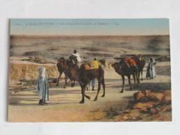Scenes Et Types  Scenes Et Types  6082 Une Caravane Dans Le Désert Correspondance De 1921 Algérie Maroc ? - Postcards