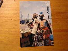 Cote D´ivoire Abidjan  Port De Peche Vente De Poisson - Costa De Marfil