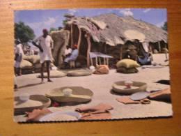 Africolor  Scene De La Vie Au Village - Sin Clasificación